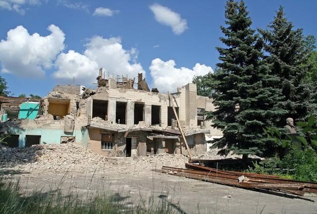 Как уходили здания: Дворец культуры металлургов