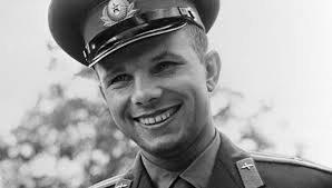 9 МАРТА - ДЕНЬ РОЖДЕНИЯ Ю.А.ГАГАРИНА, летчика-космонавта СССР
