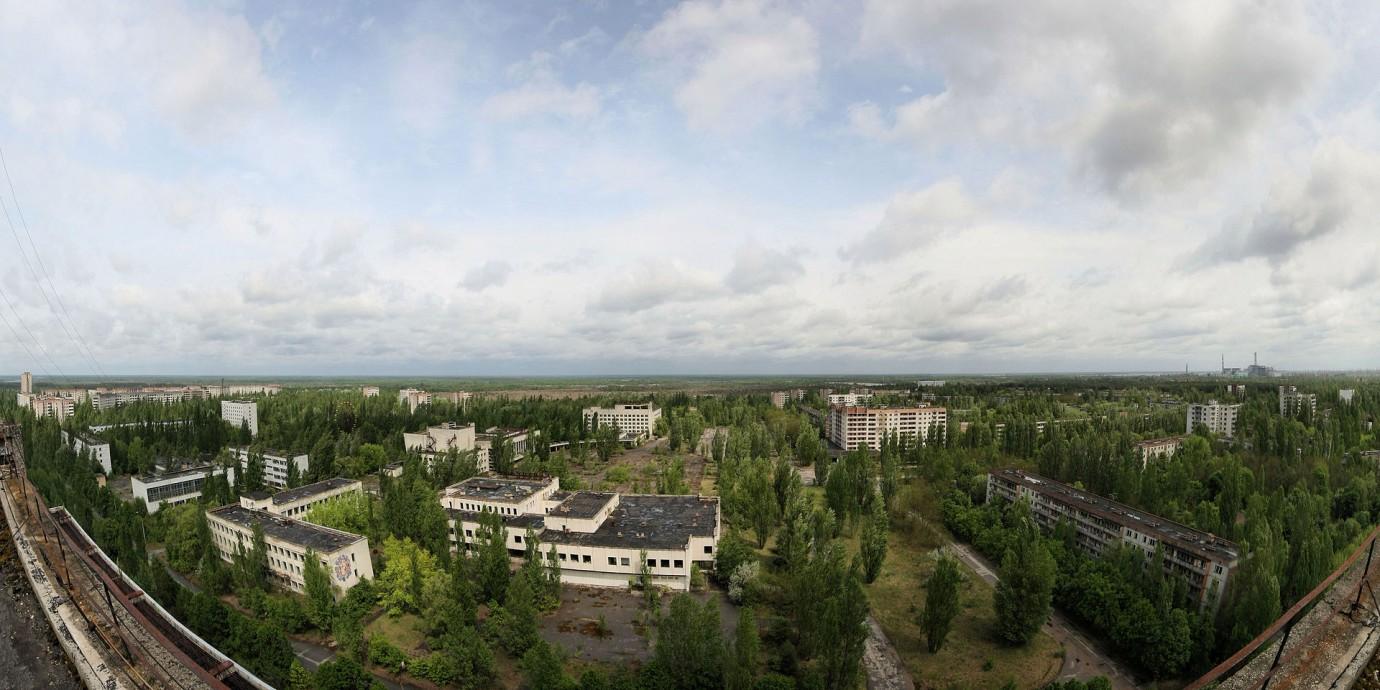 Вид на центральную площадь города Припять в 2009 году