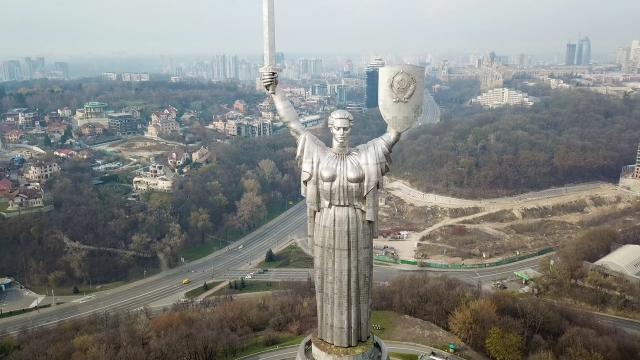 [4K] Утренний Киев с высоты птичьего полета