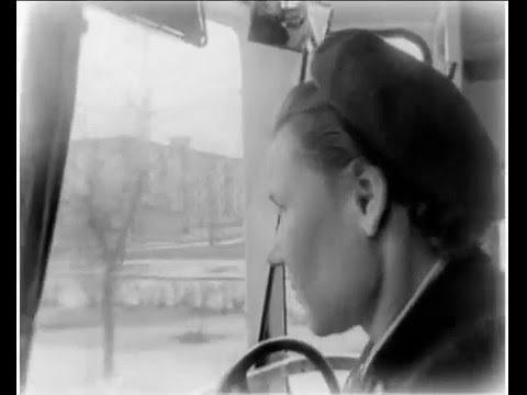 по городу на трамвае.avi